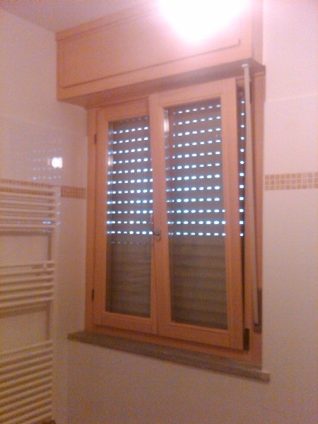 Falegnameria 88 infissi in legno infissi in alluminio - Finestre monoblocco in legno ...