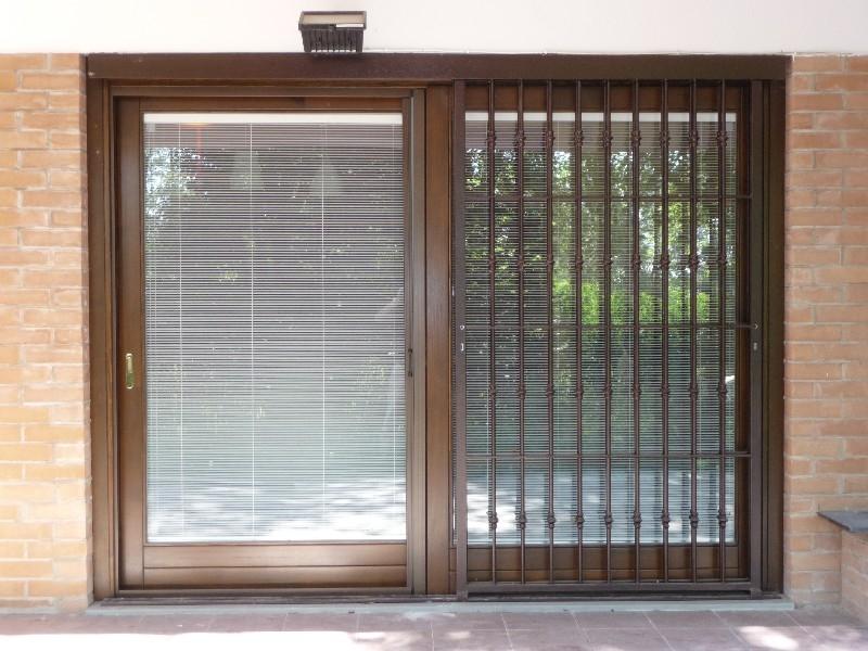 Falegnameria 88 infissi in legno infissi in alluminio - Porta finestra scorrevole ...